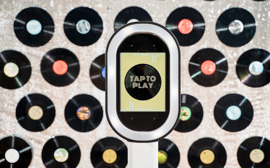a music themed screen from ILO Photo Booth